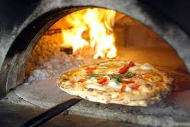 Super offerta per chi ama la Pizza ! B&B & Pizza solo all'Hotel da Angelo !